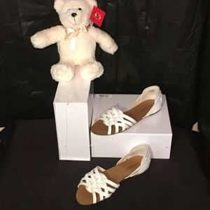 NWOT Tanner White Leather size 7 1/2 M
